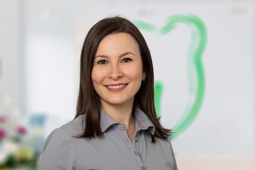 Kieferorthopädin Bonn - Gröne - Team - Dr. Hala Chamali