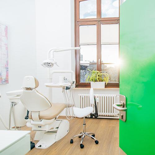 Kieferorthopädin Bonn - Gröne - Behandlungszimmer
